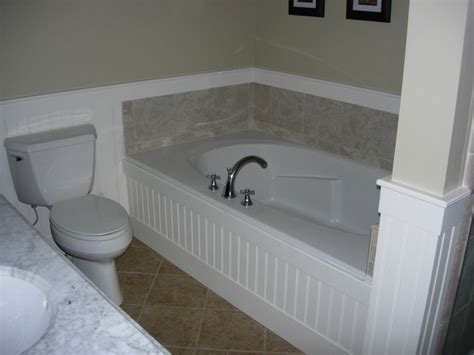 Beadboard in laundry room, laundry room bathroom combo