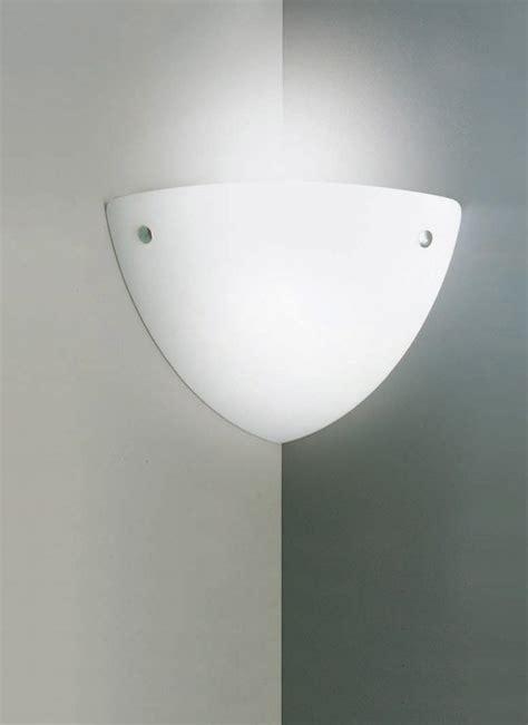 applique angolari forum arredamento it luce a parete angolare