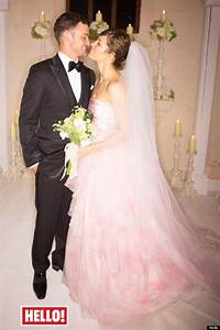 Justin timberlake jessica biel wedding singer 39reduced for Jessica biel wedding dress
