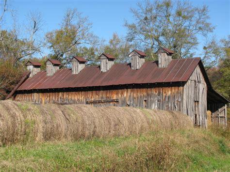Alabama Barns by Here Are 12 Charming Barns In Alabama