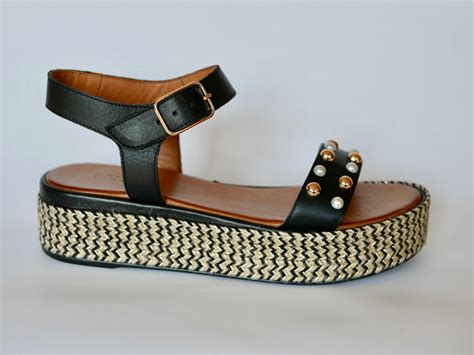 sandalen mit strass und perlen inuovo sandale mit perlen modehaus rieker s 252 223 en kreis