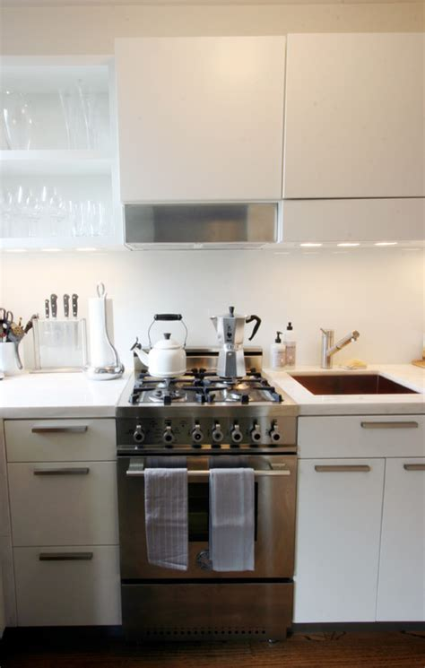 kitchen cabinet with sink 10 big space saving ideas for small kitchens