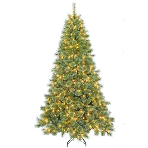 donner and blitzen tree donner blitzen incorporated 7 5 pre lit classic tree with 500 clear lights