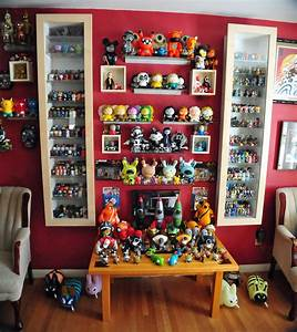 Displaying Collectibles