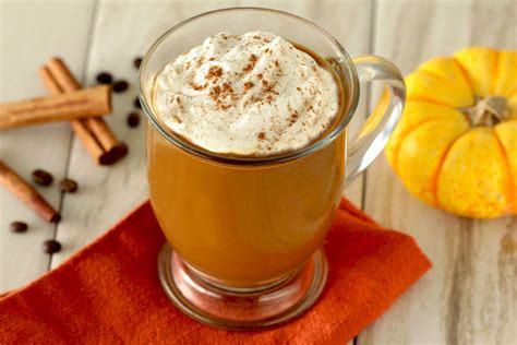 Healthy Pumpkin Spice Latte Recipe Swap | Hungry Girl