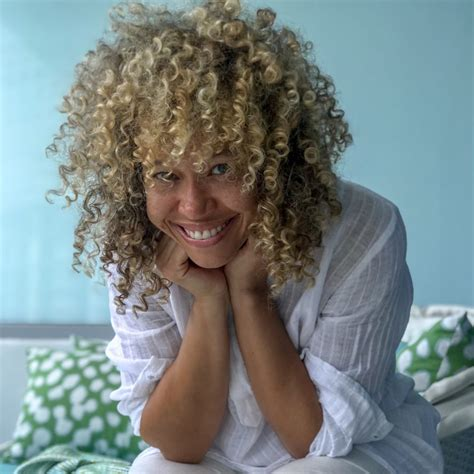 styling naturally curly hair styling naturally curly hair in high humidity climates 1794