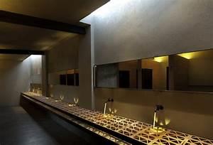 Bad modern gestalten mit licht unter dem waschbecken for Letest bad farnichar disine photos