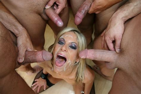 Stunning Blonde In Hot Cum Covered Picture Handyla
