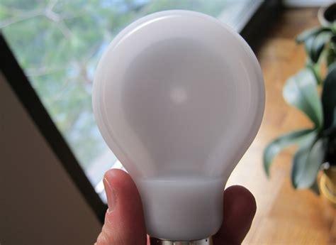 Philips Slimstyle Flattens The Light Bulb