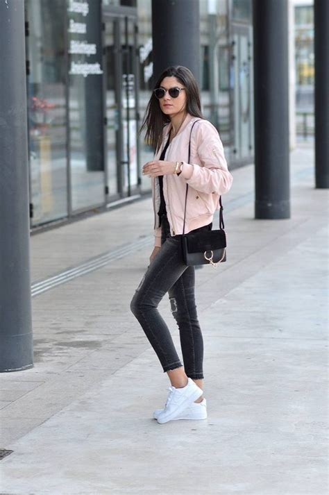 Style Tips On How To Wear A Bomber Jacket - Bomber Jacket ...