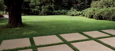 Trittplatten Für Rasen by Wie Sie Ihren Garten Mit Trittplatten Im Japanischen Stil