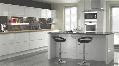 Appleby White Gloss Kitchen - Contemporary - Kitchen