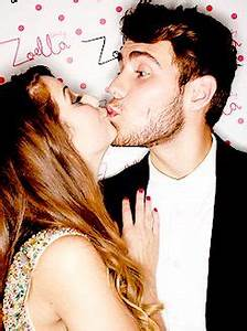 OMG. This photo is super cute. I think that Zoe and Alfie ...