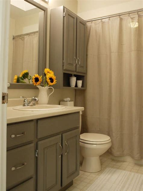 Shower Curtains For Small Bathrooms by Best 25 Gray Shower Curtains Ideas On Small