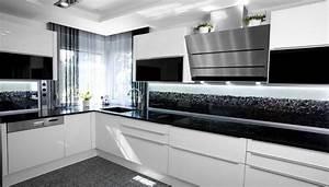 Schwarz Weiße Küche : glaszone kristallglaselemente das gewisse funkeln im raum kober glass ~ Markanthonyermac.com Haus und Dekorationen