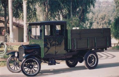 1925 Ford Model Tt Grain
