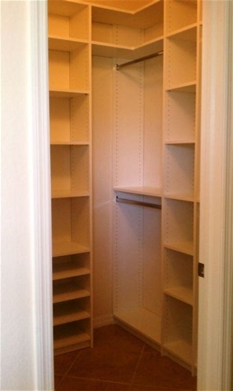 small walk in closet design ideas 10 best ideas about