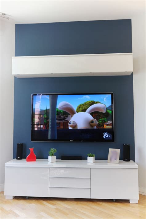 comment cr馥r sa cuisine accrocher tv au mur 28 images accrocher une t 233 l 233 vision au mur meliconi r 100 noir supports tv muraux sur easylounge meer dan 1000