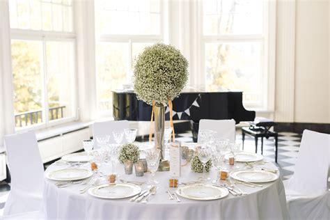 Wieviel Platz Pro Person Am Tisch by Wieviel Platz Pro Person Am Tisch Tisch Massiv 002