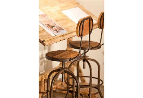 tabouret de bar avec dossier industriel en bois  metal