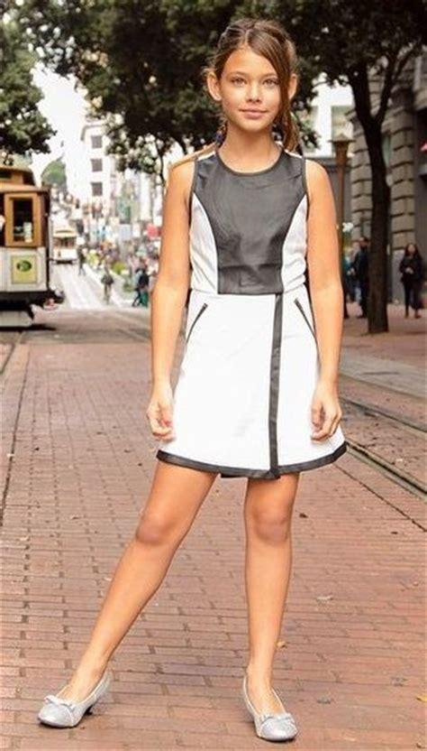 Laneya Grace By Monica Bellissima Dziewczyny Moda Portret