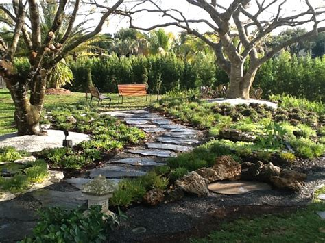Decorative Garden Yard by Back Yard With Walkway Olimar Decorative
