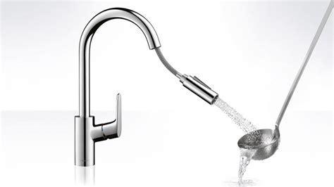 Focus kitchen faucet, handspray, swivel spout   Hansgrohe US