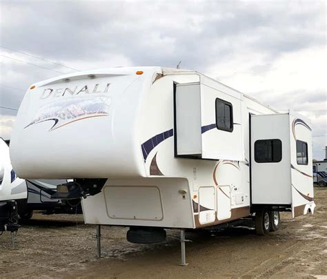 used rvs for sale pre owned cers carstairs ab rv dealer