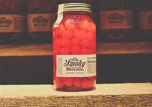 Ole Smoky Moonshine Review | Prices, Hours, & Photos
