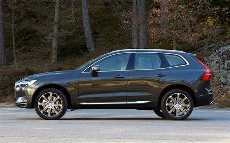 volvo xc60 2018 2018 volvo xc60 reviews and rating motor trend