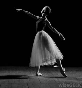 What is Lyrical Dance? (with pictures)