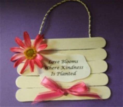 mothers day crafts ideas s day craft ideas thriftyfun 5000