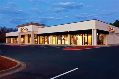 tile shop posts 4 3 same store sales growth chain store age