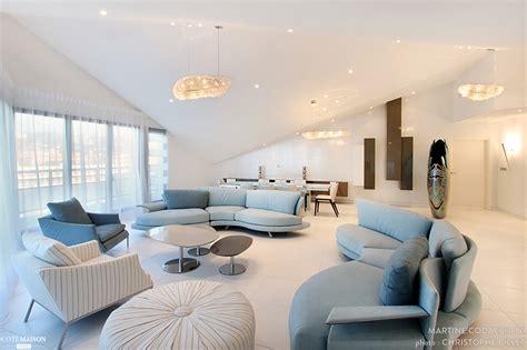 chambre style loft décoration d 39 un appartement vue mer martine codaccioni
