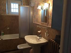 Changer De Carrelage Sans Enlever L Ancien : comment relooker une salle de bains madame figaro ~ Melissatoandfro.com Idées de Décoration