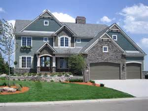 4 bedroom homes this 4 bedroom home features a large two great room house plan 271511 house ideas