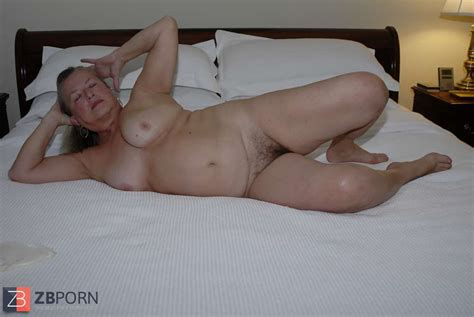 Super Sexy Older White Granny With Hefty Moundsshes Our