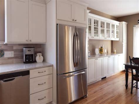 painted shaker style kitchen cabinets white shaker cabinets mullion glass door buffet 7315