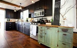 Meuble De Cuisine Noir : meubles de rangement cuisine en noir et pourquoi pas ~ Teatrodelosmanantiales.com Idées de Décoration