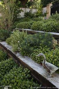 amenager son jardin en pente conseils pratiques et With superb amenager un jardin en pente 0 1001 idees et conseils pour amenager une rocaille fleurie