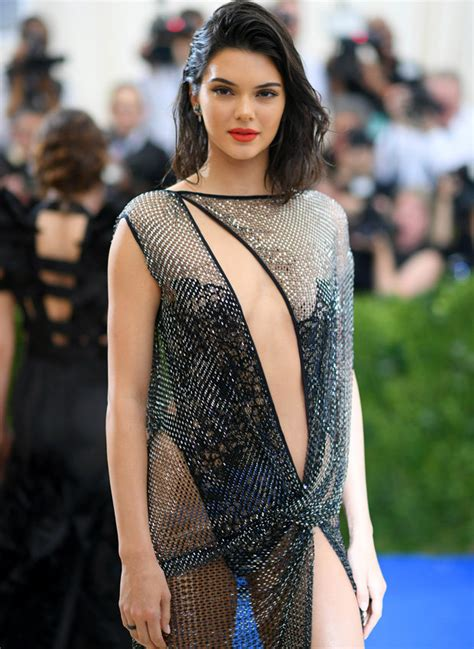 harry styles asked  sex life  kendall jenner   late late show daily star