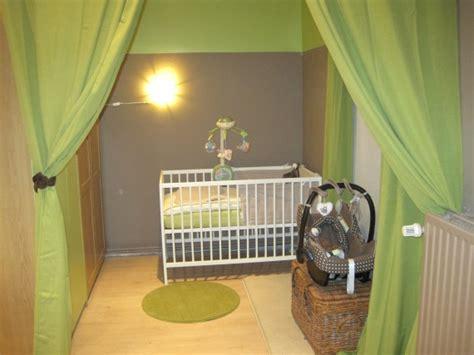 chambre bébé et taupe deco chambre bebe taupe et vert visuel 5