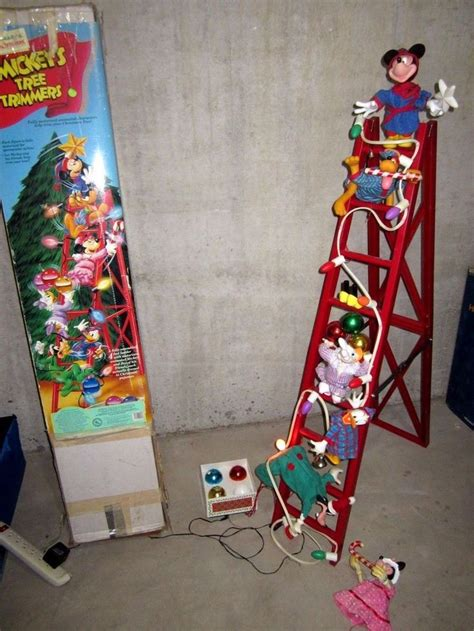 christmas mickeys tree trimmers  animated disney