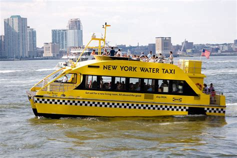 Boat Transport Ny by Brand New Nyc Water Taxi Stop Makes It Easier To Explore