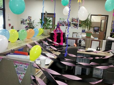 Work Cubicle Birthday Decorations by 44 Best Work Birthdays Images On Birthday
