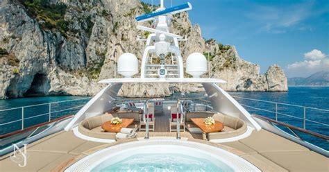 Revelry Yacht Charter Hakvoort Luxury Motor Yacht