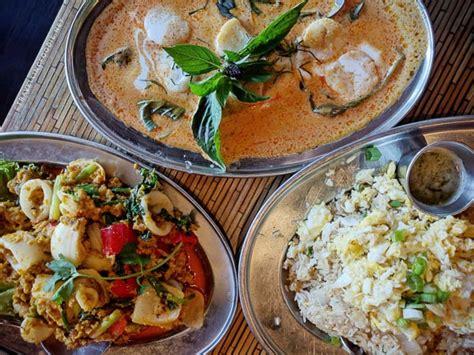 17 Restaurants You Must Try In Seattle, Washington