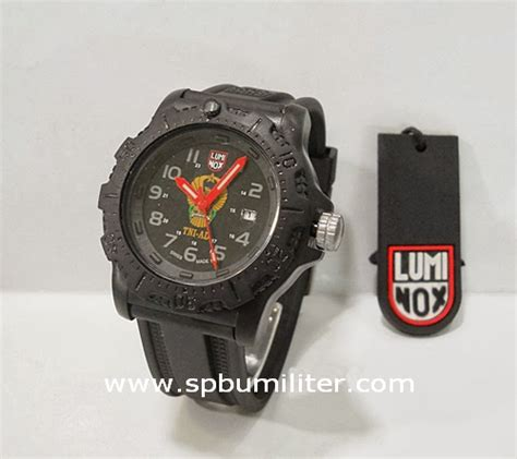 Harga Jam Tangan Militer Luminox jam tangan luminox tni ad spbu militer