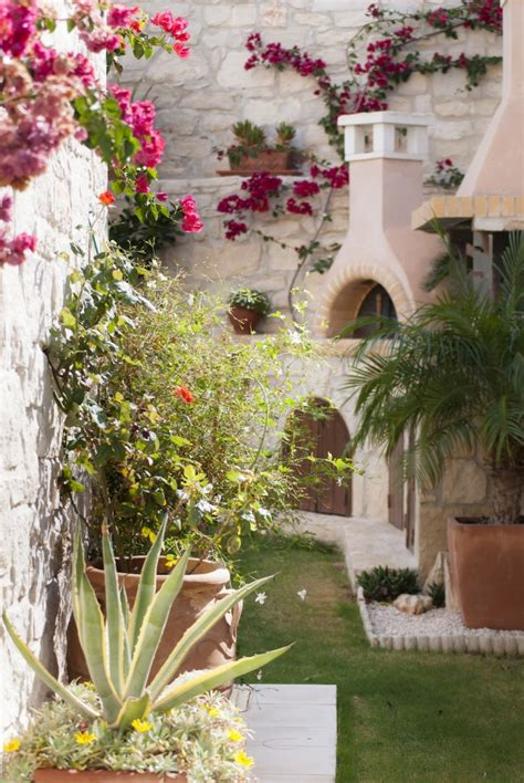 garden ideas  steal  greece gardenista