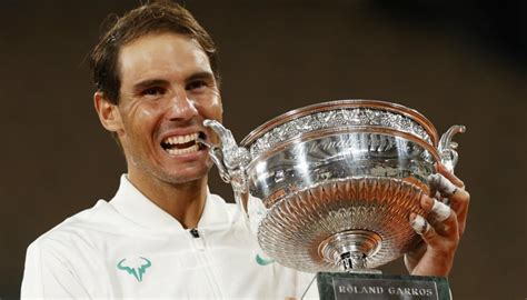 French Open 2020: Rafael Nadal beats Novak Djokovic to win ...